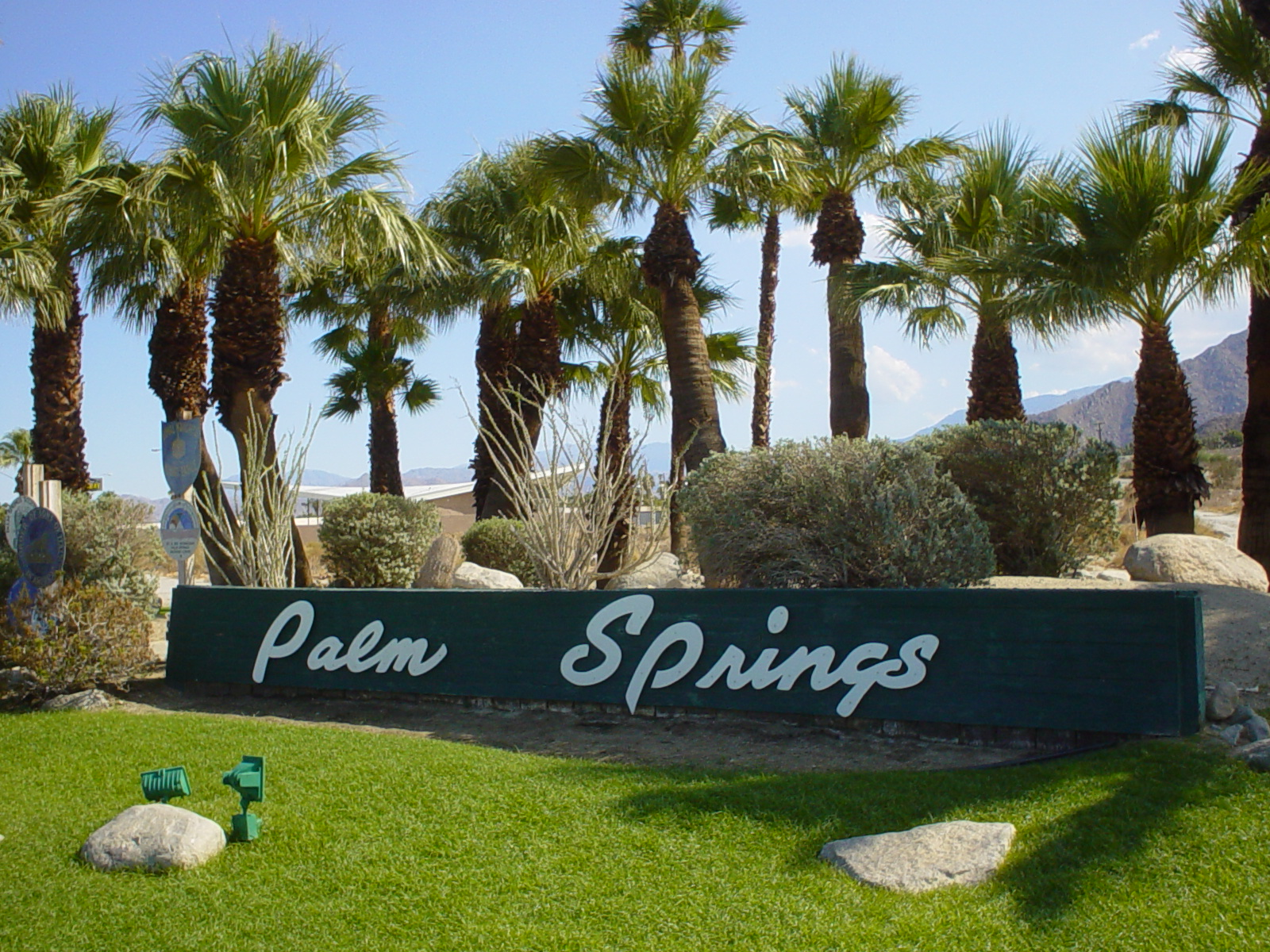 Travel fixx palm springs bodyfixx total wellness for Travel to palm springs